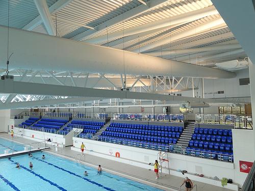 布风管在框架式钢结构建筑应用(对比铁皮风管)